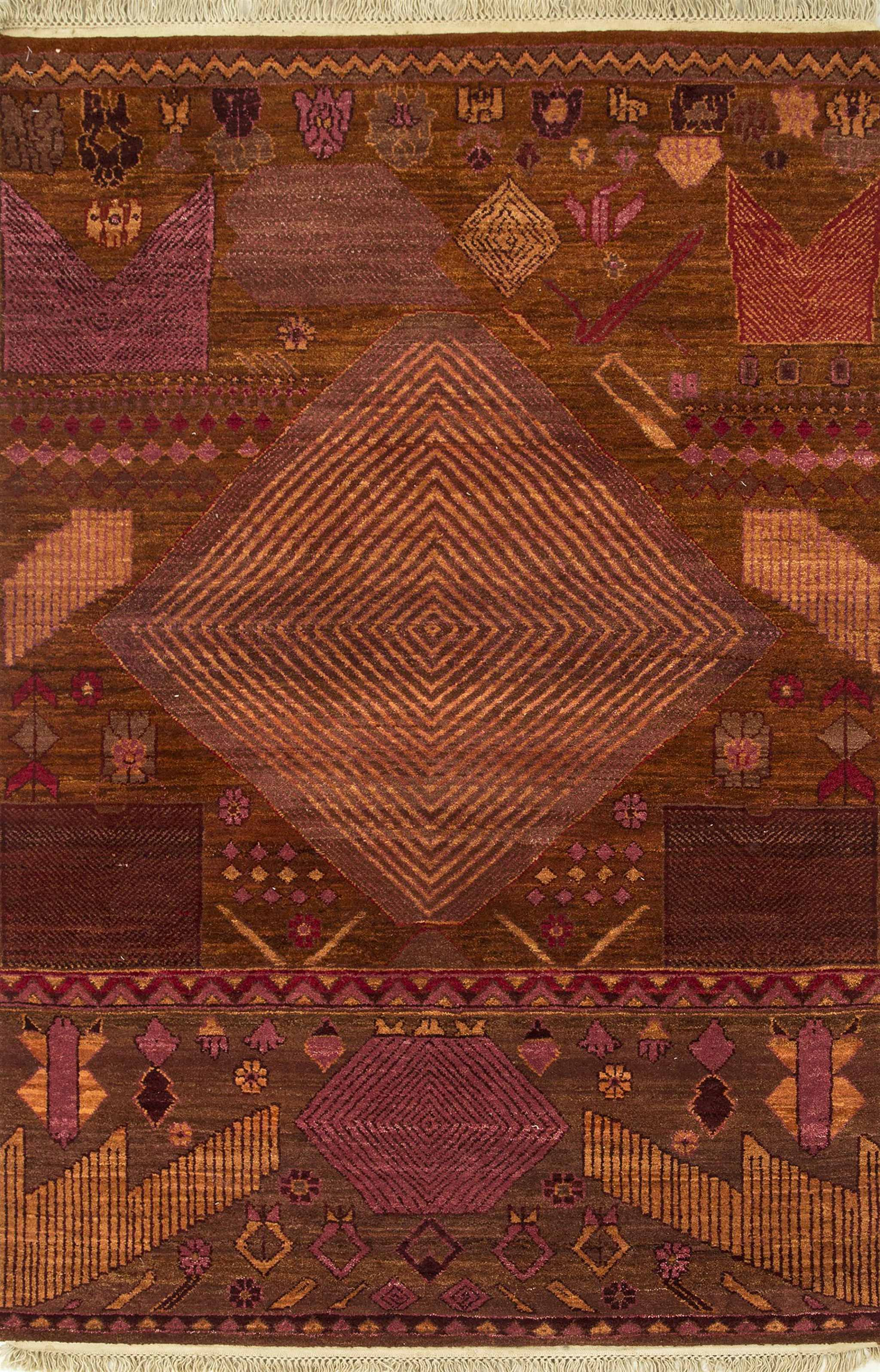 Un-Official Finalist, Best Traditional Design: Kamal from Artisan Originals, Jaipur Rugs - www.jaipurrugsco.com | Image courtesy of Jaipur Rugs/Domotex.